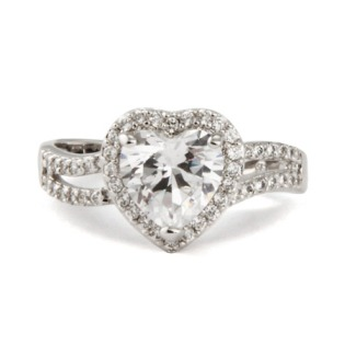 heart_engagement_ring